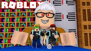 WE GOT LOCKED IN SCHOOL LET'S ESCAPE THIS EVIL TEACHER in ROBLOX / BLOX4FUN