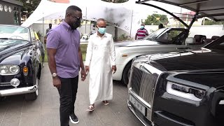 Fadda Dickson Gives Sarkodie A Tour Inside Despite's Garage