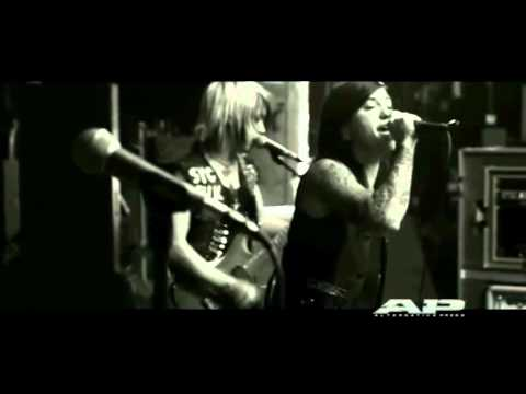 Escape the Fate - Issues live @ AP Sessions (HD Quality)
