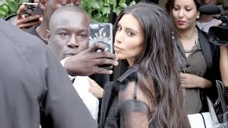 EXCLUSIVE - Kim Kardashian gives some love and selfies to her fans in Paris
