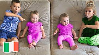 Cinque Bambini Giocano Babysitter