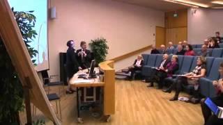 Mauri Pekkarinen ja ryntäät seminaarissa