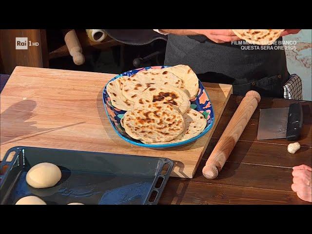 Ricetta Naan Giallo Zafferano.Naan Pane Indiano E Sempre Mezzogiorno 24 03 2021 Youtube