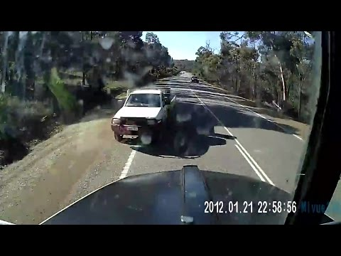 Dash Cam Owners Australia - What Truck drivers put up with daily #2