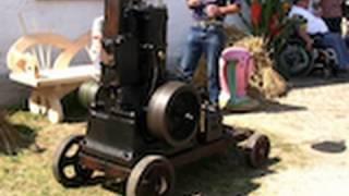 Junkers stationary engine with belt drive dynamo / Stationärmotor / Moteur Fixe