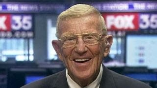 Lou Holtz on NCAA basketball scandal: It's absolutely criminal