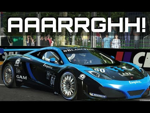 WHAT IS HE DOING!? Apex GT3 Race and Carnage at Adelaide in rFactor 2