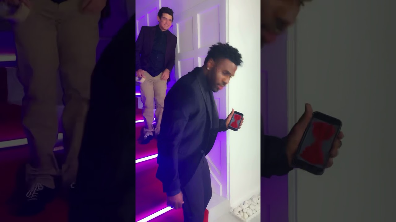 Who os the best magician? Xavier Mortimer or @jasonderulo?