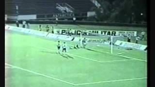 Roberto Carlos 40 meter freekick
