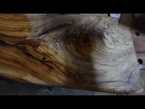 Finishing off a really nice olive-wood coffee table/chair