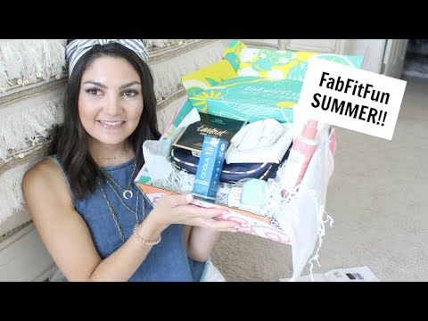 FabFitFun Summer!  SERIOUSLY THE BEST ONE YET!!