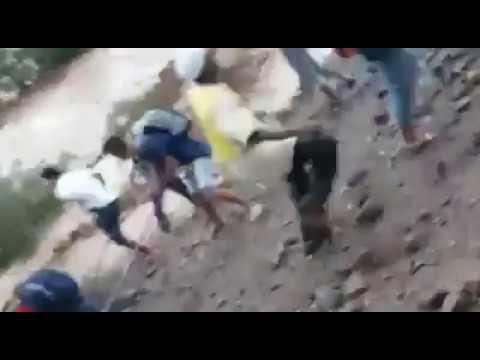 فاجعة.. سيول طوفانية تدمر بنايات وتجرف معها عددا من المواطنين