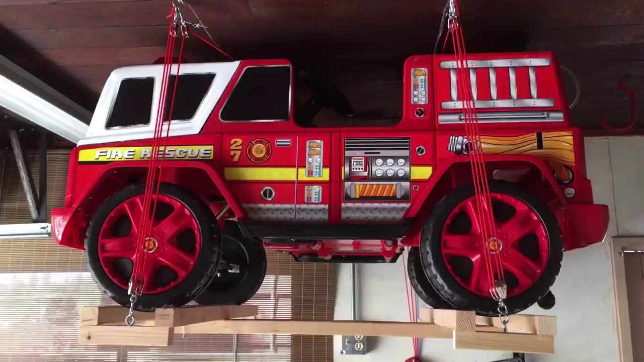Wheels Kids Motorz Garage Storage Pulley Lift