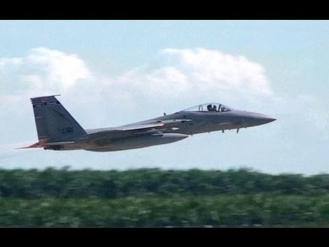 F-15 Eagles Scrambled With Full Afterburner During Airshow