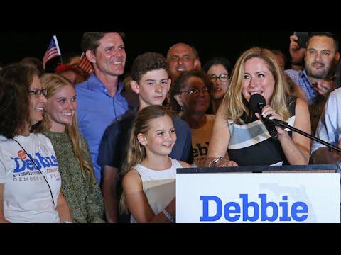 Dem. Debbie Mucarsel-Powell defeats Rep. Carlos Curbelo in Miami