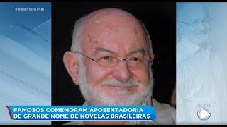 Baixar Famosos comemoram aposentadoria do diretor de novelas Silvio de Abreu