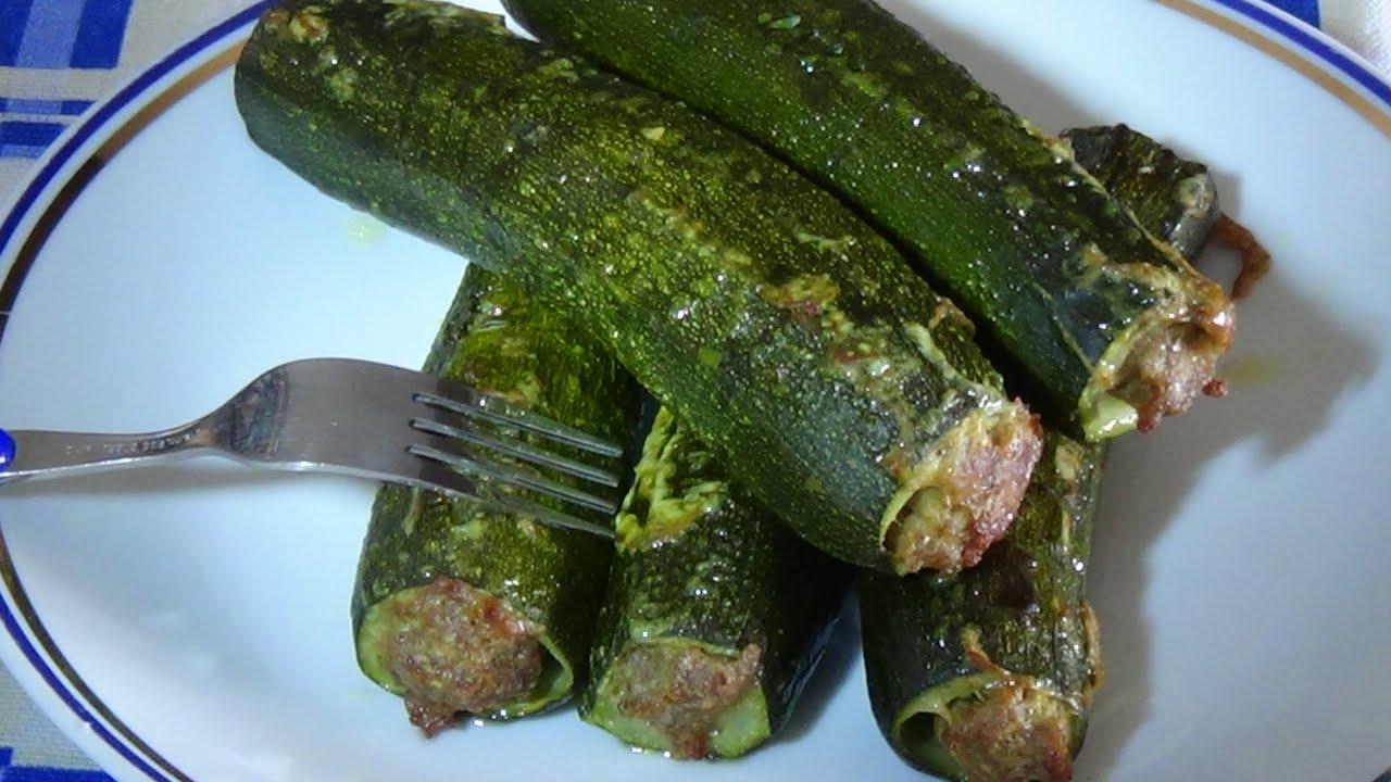 Ricetta Zucchine Ripiene Di Carne Al Sugo.Zucchine Ripiene Di Carne Macinata Youtube