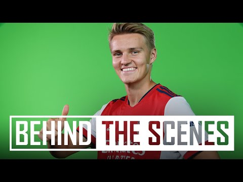 Martin Odegaard and Aaron Ramsdale Signature Day |  Behind the scenes