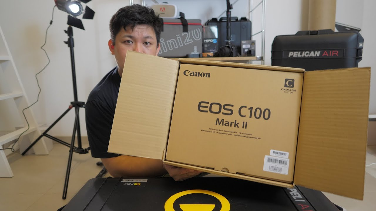 Unboxing Canon C100 Mark II in 2017 by Chung Dha