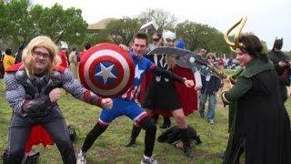 La carica dei supereroi, centinaia di cosplay a Washington