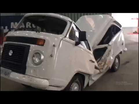 UNBELIEVABLE.. VW Kombi accident. Nearly cut in half.
