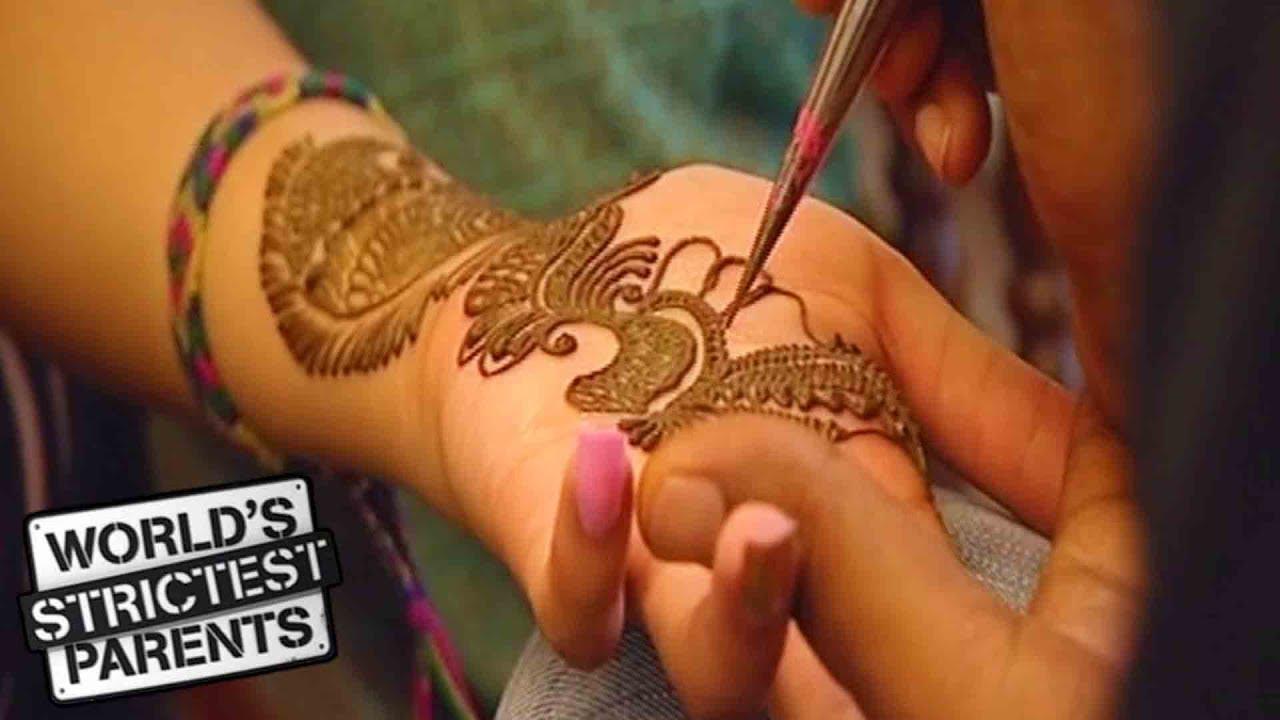 Henna Tattoo Chicago : Yr old gets first henna tattoo from mom world s strictest