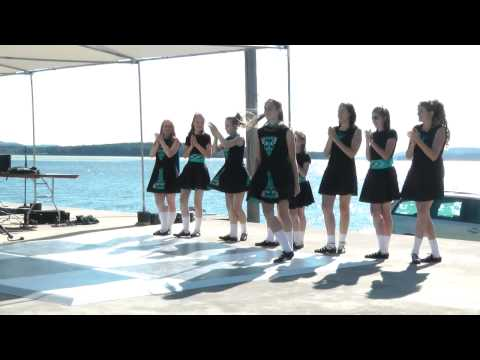 The Huntsville Irish Dancers with Hooley - Soft Shoe Reel Step-About