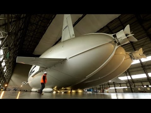 Airlander 10 hybrid aircraft unveiled in UK