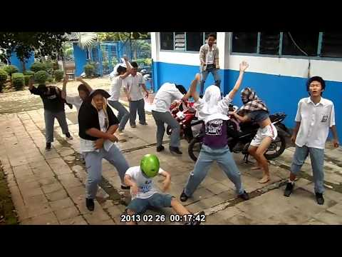 VIDEO KOMPETISI / Harlem Shake Indonesia With Yamaha! [Burglar and Senior High School]