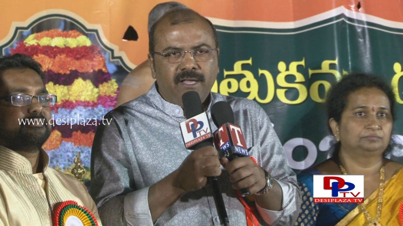 Ajay Reddy Speaking to Media at TDF Bathukamma & Dasara Sambaralu - 2016