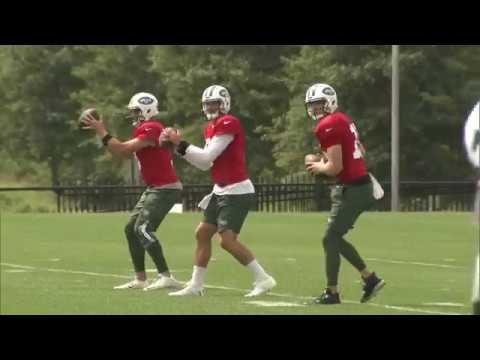 New York Jets name Josh McCown their starting quarterback
