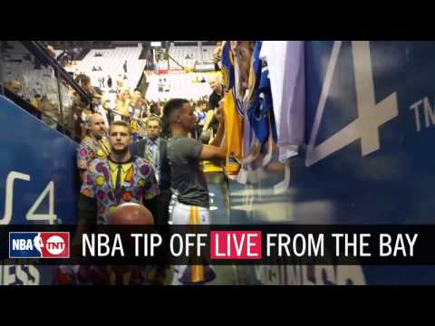 Steph Signing Autographs | NBA Tip Off 2016 | NBA on TNT