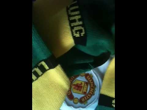 Green and gold chants