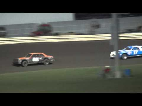 Shiverfest Hobby Stock Heat 2 Lee County Speedway 10/25/14