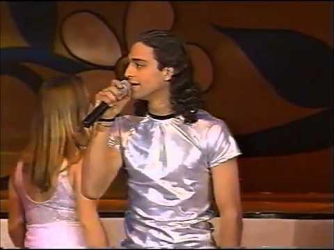 Onda Vaselina - Tus Besos y Te quiero tanto en Siempre en Domingo