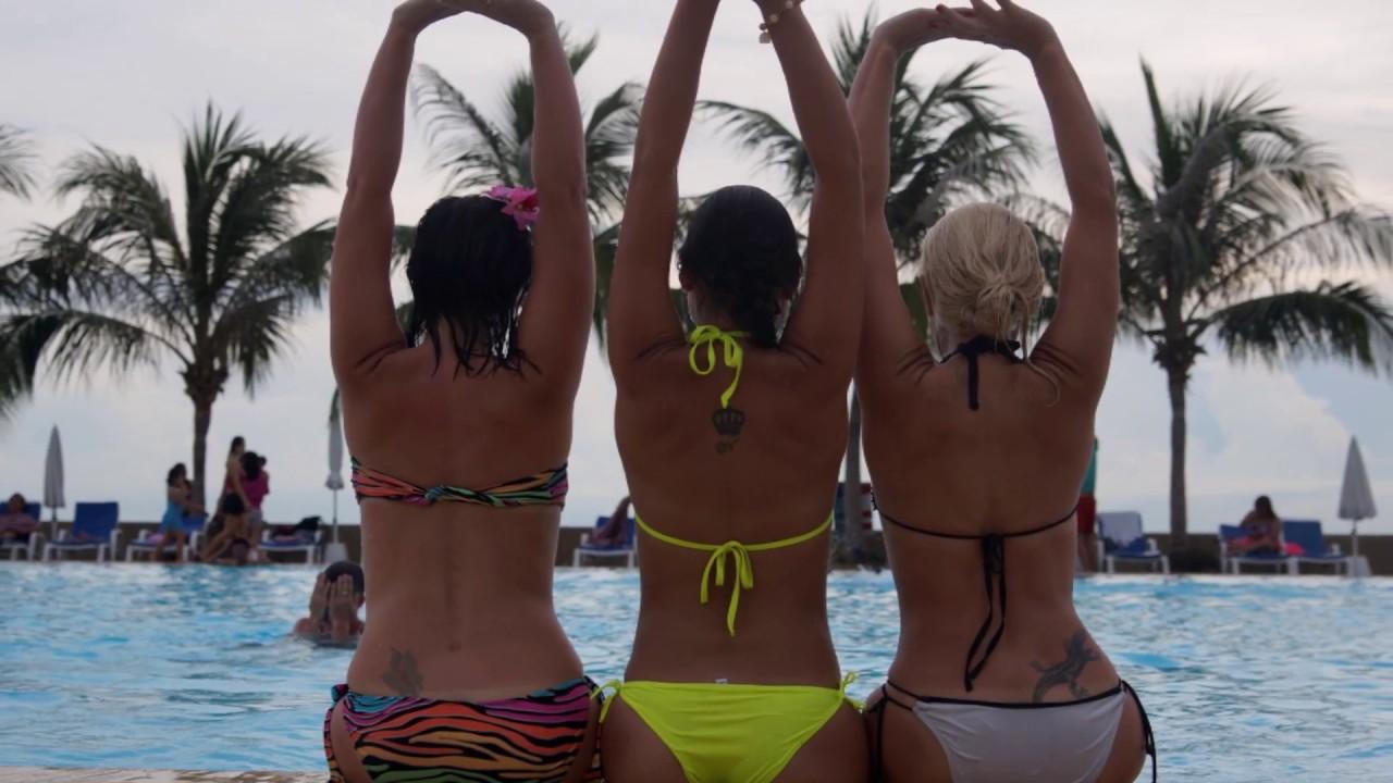 Девушки на пляжах мира   бикини фото девушек дизайн