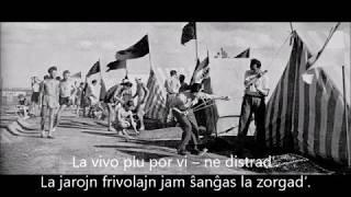 Strings – Ne bánd – Esperanto – subteksto
