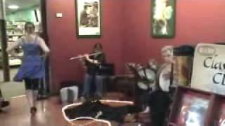 Roan Inish Damhsa performs 'Garrett's Wedding' @ Hastings Music