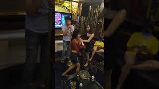 Quẩy tung nóc - Karaoke Nốt Nhạc Vui 293 Hoàng Văn Thụ Tp.HCM