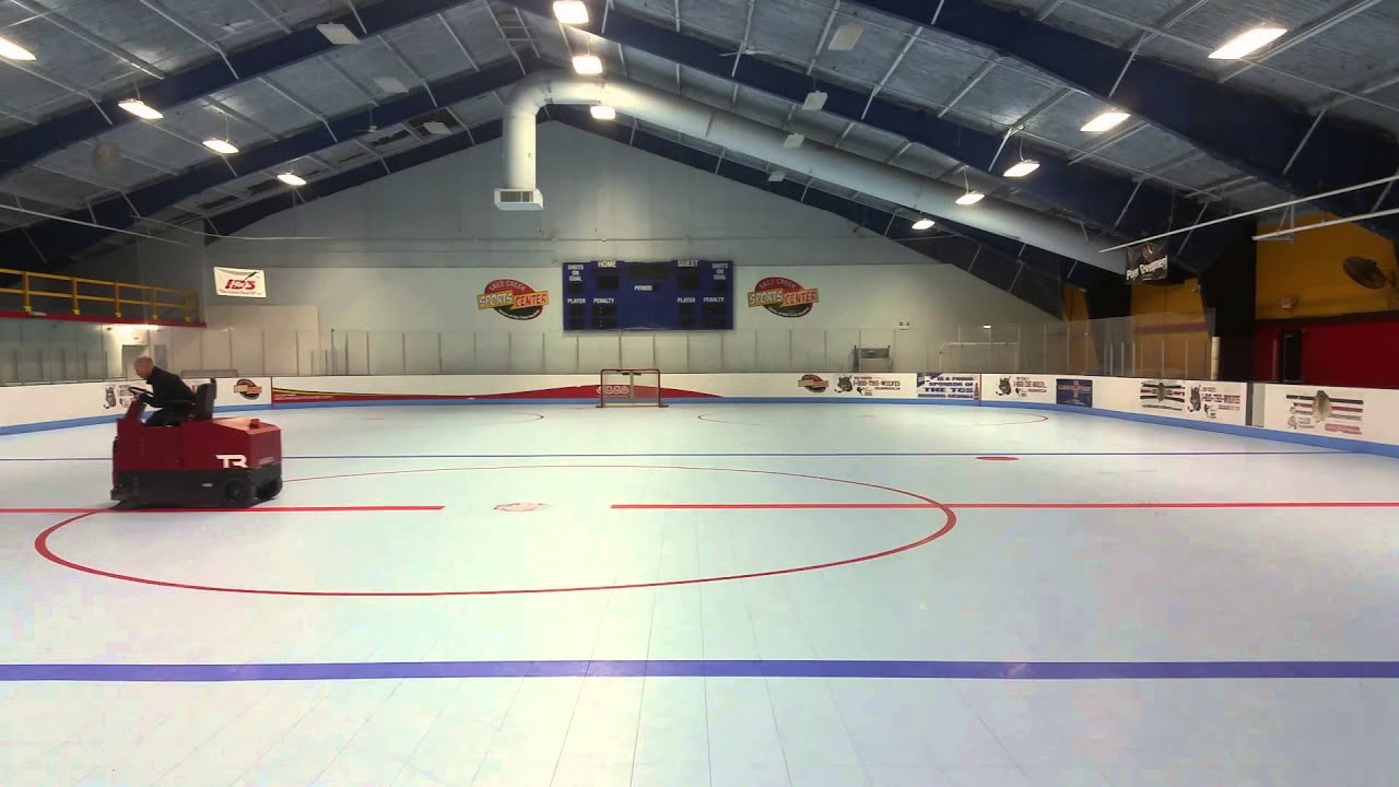 FactoryCat TR Sweeping An Indoor Inline Hockey Rink YouTube - Backyard roller hockey rink