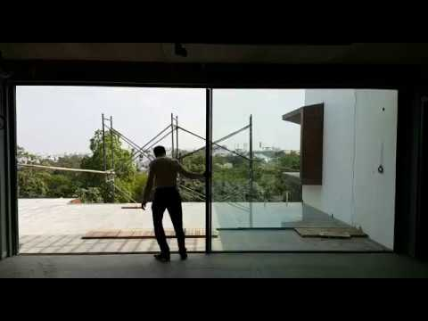 Minimal Sliding Windows - I