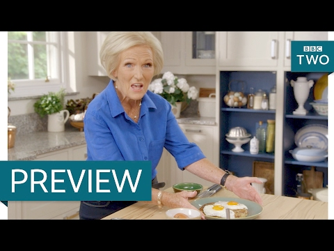 Crispy bacon rosti with fried eggs - Mary Berry Everyday: Episode 1 Preview - BBC Two