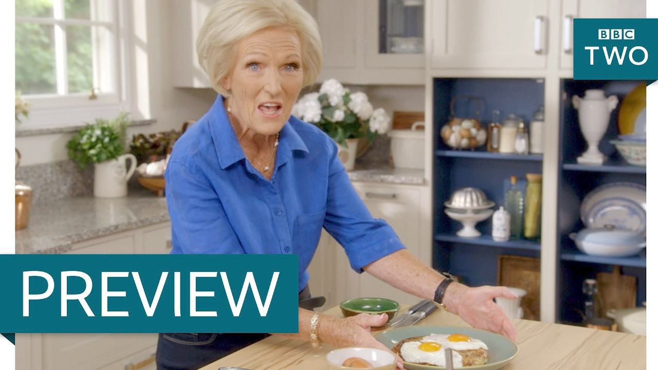 Mary Berries Crispy bacon rosti with fried eggs mary berry everyday episode 1 crispy bacon rosti with fried eggs mary berry everyday episode 1 preview bbc two youtube sisterspd