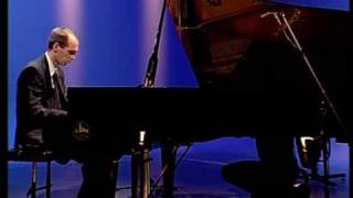 Czardas  de Monti geoffrey Storm,piano. Sheet music : www.editions-soldano.fr  Ref. ES 982