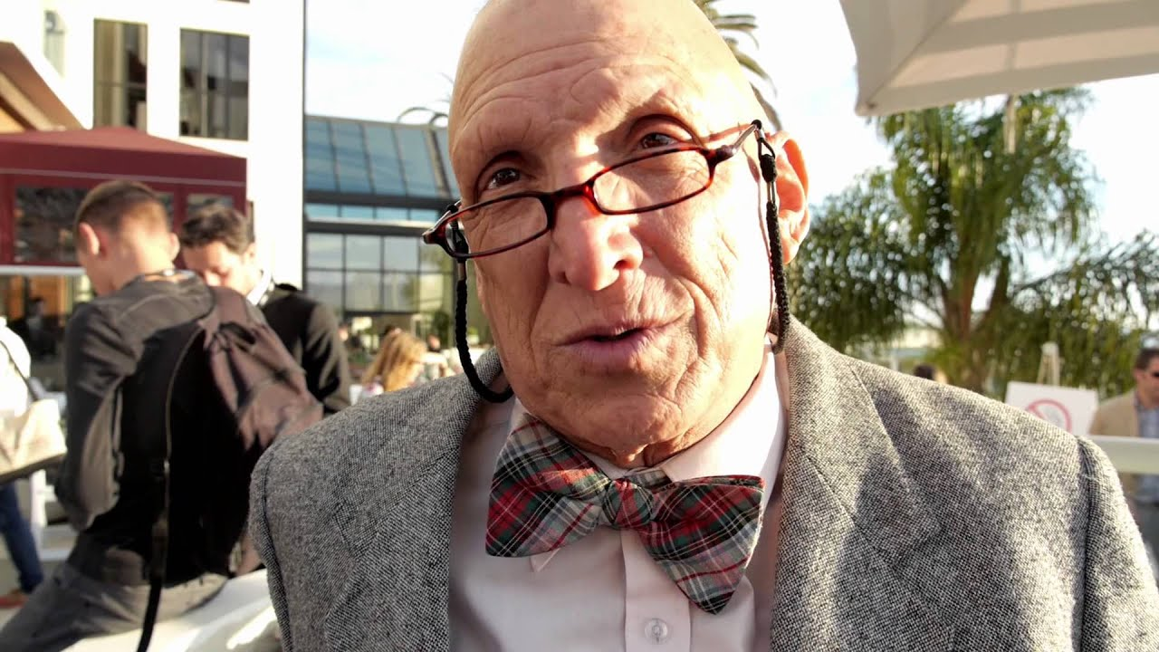 friedman v s drucker Fredmund malik in einem interview anlässlich des peter drucker forums 2009 in wien über das wunder des funktionierens, die supersyntegration  friedman vs freeman debate.
