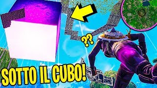 I went ON THE CUBO (below the MAP)- GLITCH FORTNITE ITA