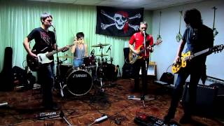 One Eyed Pirates -  Fluorescent Adolescent (Arctic Monkeys)