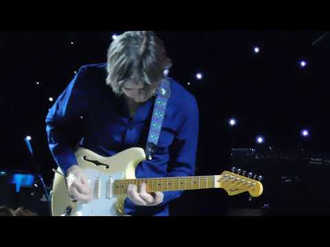 Eric Johnson plays Cliffs of Dover at NAMM 2018 Fender Party