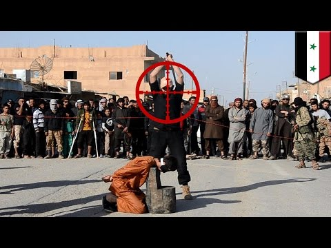 Un tireur d'élite éclate la tête d'un bourreau de Daesh en train d'enseigner la décapitationde YouTube · Durée:  1 minutes 38 secondes