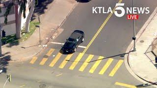 Police pursue stolen vehicle in Los Angeles
